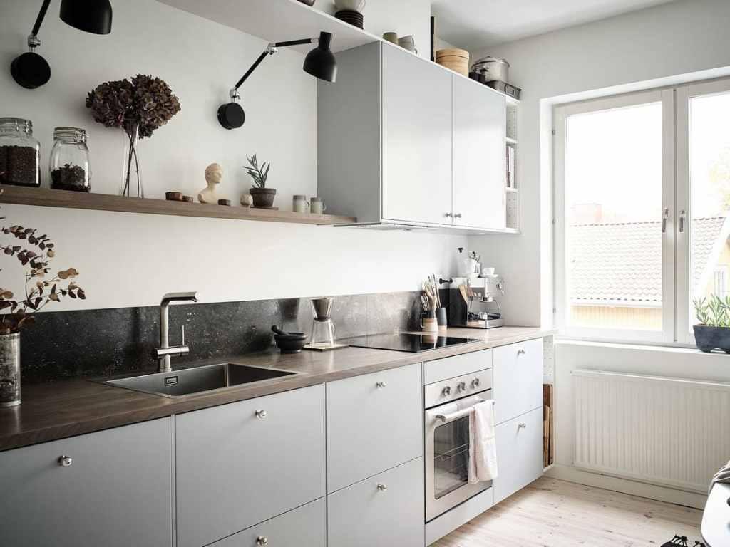 Simple yet stylish grey kitchen