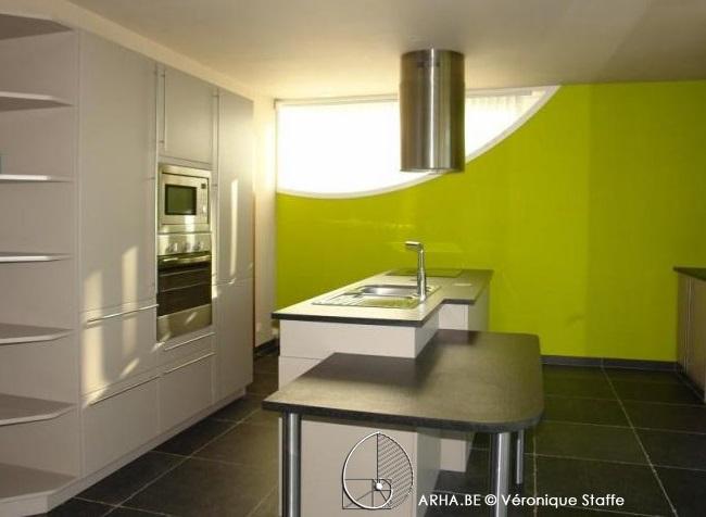 Photo d'intérieur d'une réalisation concçue par Véronique Staffe. Maison bio écologique et bioclimatique selon le concept éco-bio-climatique