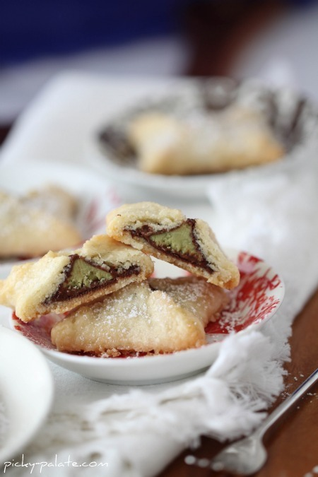 1. Mini Kiss Pies: pie crust + Hershey's Kisses. Thaw the pie crust, then slice into circles about an inch around the Kisses. Fold the corners and bake for 20 minutes under 350 degree oven.