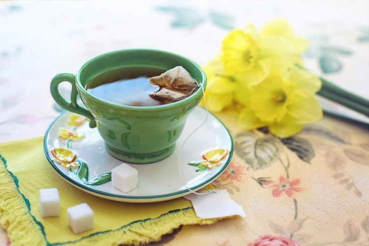 green tea - home remedies for acne