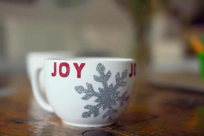 DIY Glitter Holiday Mugs 19