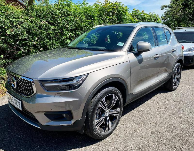 Re-hire Special available on this 69 plate Volvo XC40 Auto - Available until the 31st July. Call the team on 01332290173 for a price!
