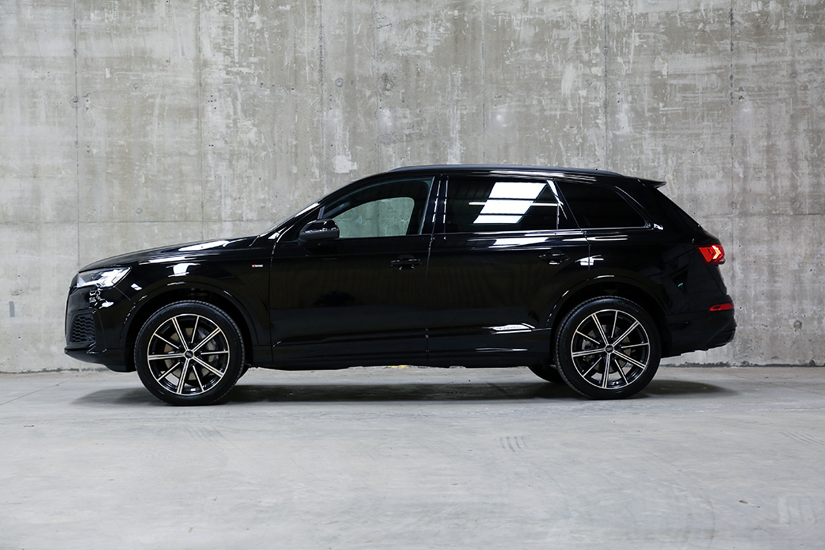 Audi Q7 PHEV Short-Term Car Lease