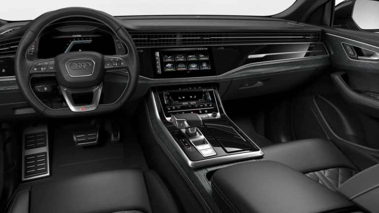 Audi-SQ8-Black-Edition-Daytona-Grey 3