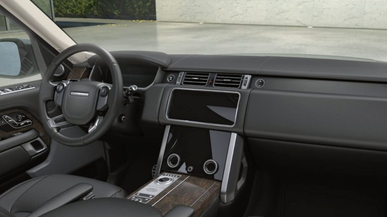 Range Rover Vogue SE Dashboard Layout