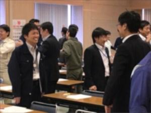 笑顔いっぱいな行政職員研修の様子