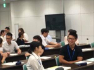 笑顔いっぱいの研修会の様子