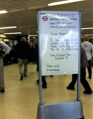 駅で見かけたメッセージ