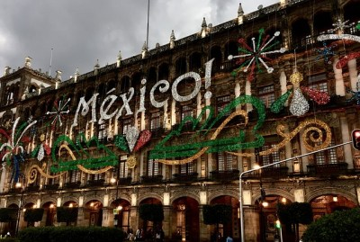メキシコ,英語,通じる,通じない,スペイン語,公用語