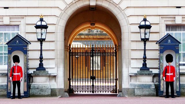 バッキンガム宮殿、イギリス