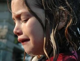 aglayan cocuk - What Should A Parent Do To A Child Crying?