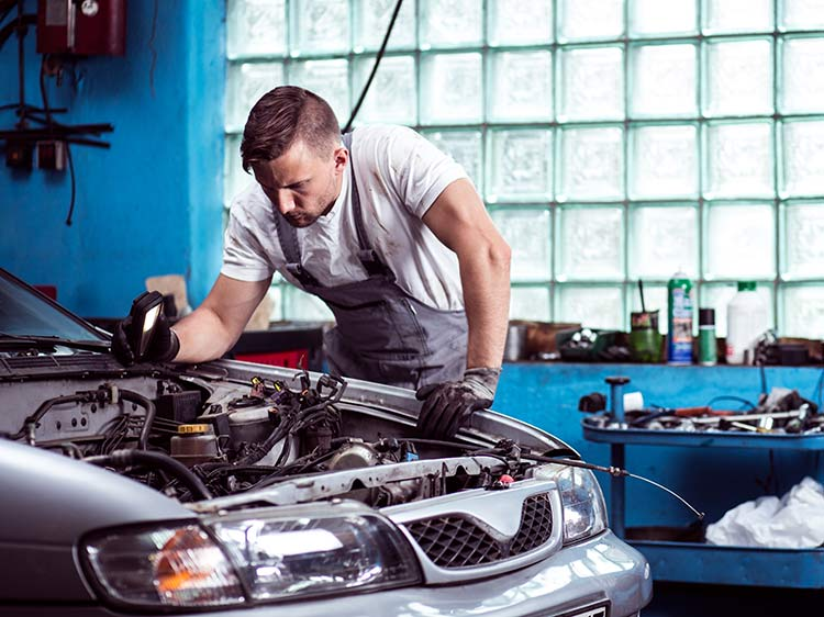 10 Automotive Jobs For People Who Love Cars Monster Com