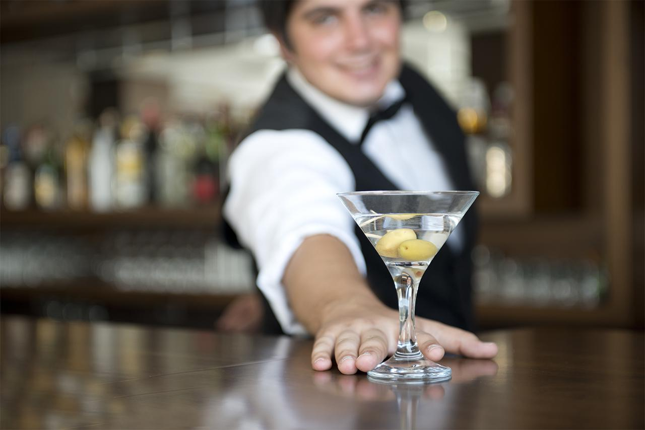 See if you have what it takes to be a bartender  Monstercom
