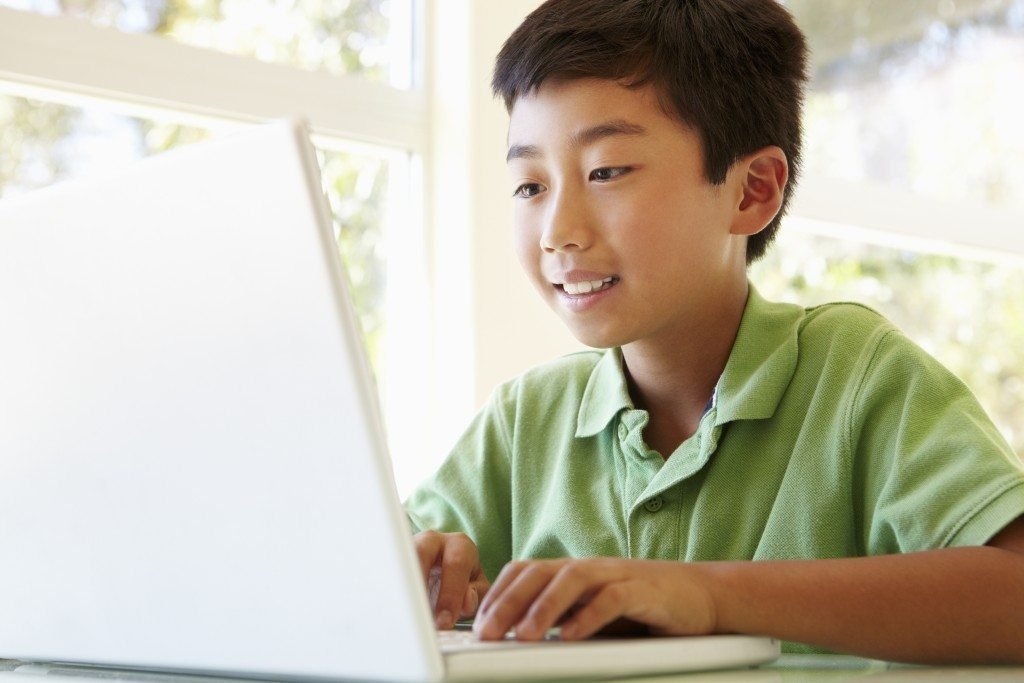 Did you know that minecraft can teach your kids java coding?