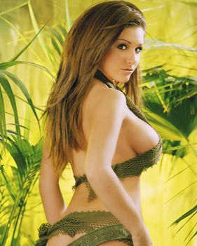 lucy pinder gears of war