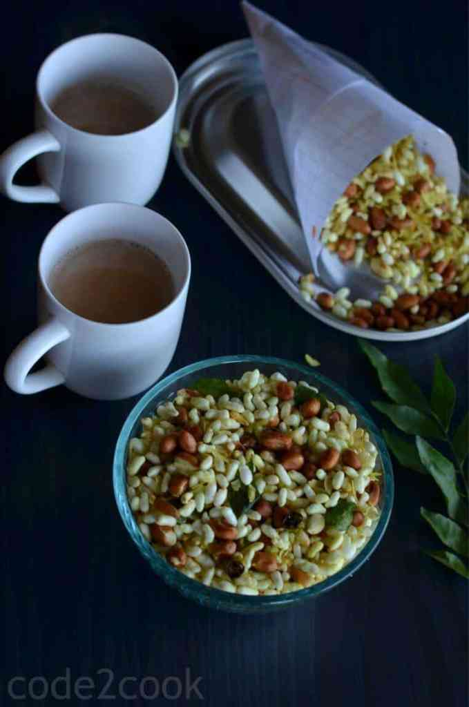 Murmura namkeen or murmura chivda is a healthy, light and crunchy snack. It takes only 15 minutes to prepare this crispy namkeen with no fancy ingredients. This crispy murmura chivda is prepared tossing peanut, murmura, poha in spices with green chili and mustard seed tempering.
