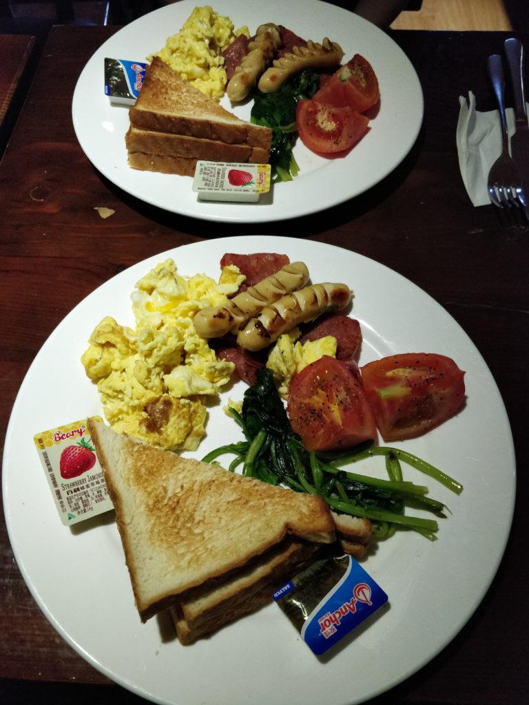 Śniadanie w Hostelu