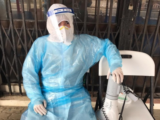 Health care worker in ppe final