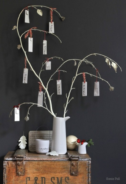 cool-christmas-tree-alternatives9-554x808