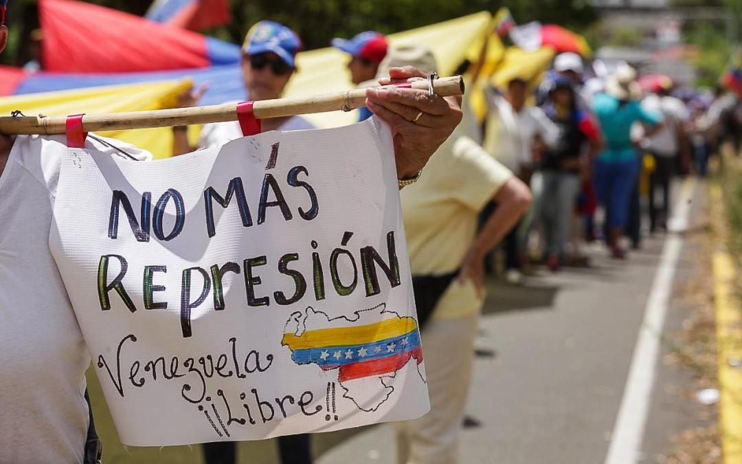 Defensores de DDHH: debe seguir la investigación sobre delitos de lesa humanidad en Venezuela