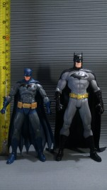 DC Icons vs DC Collectibles JL New 52 Batman