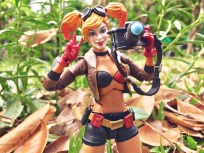 dc-collectibles-designer-series-ant-lucia-dc-bombshells--harley-quinn_33277129980_o