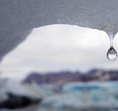 Calentamiento global ya derritió 28 billones de toneladas de hielo
