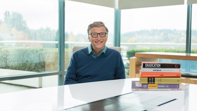 Bill Gates nos dice cuáles fueron sus libros favoritos del 2015 - Código Espagueti