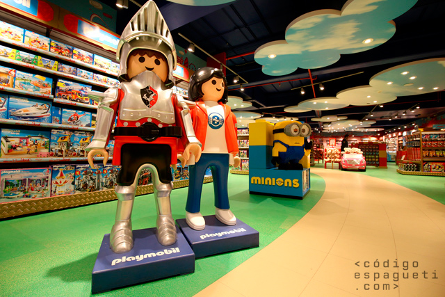 Hamleys-Mexico-8