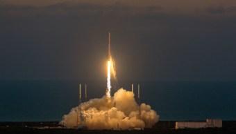 SpaceX y Elysium Space llevarán cenizas de gente muerta al espacio