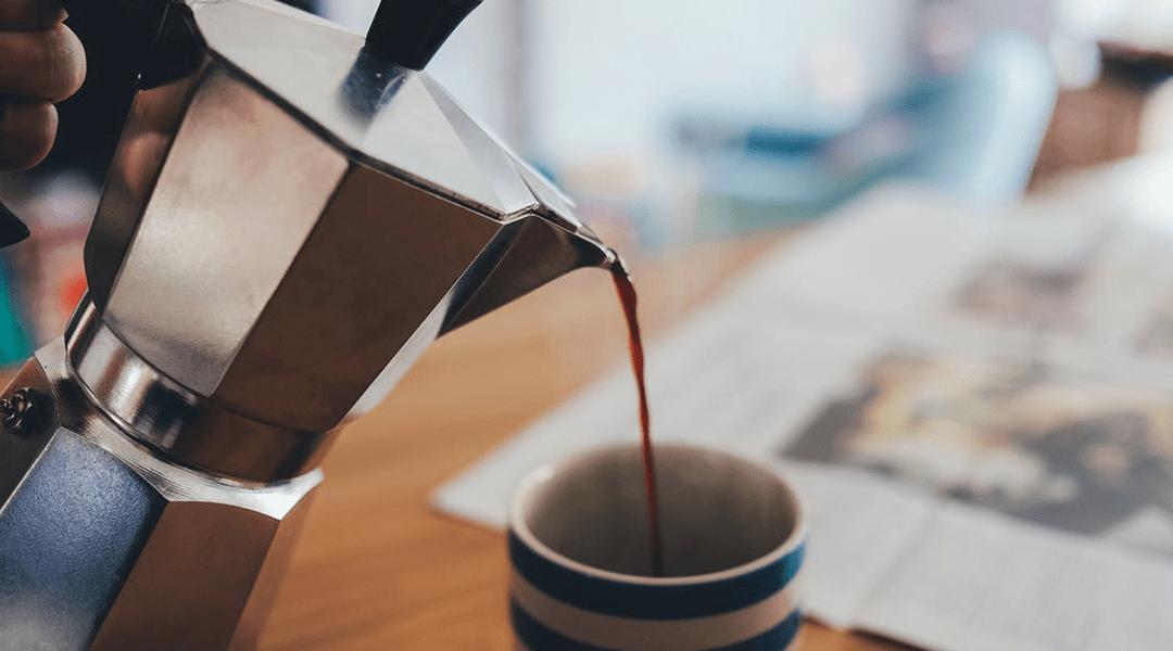 Beber tres tazas de café al día puede prevenir el cáncer de próstata