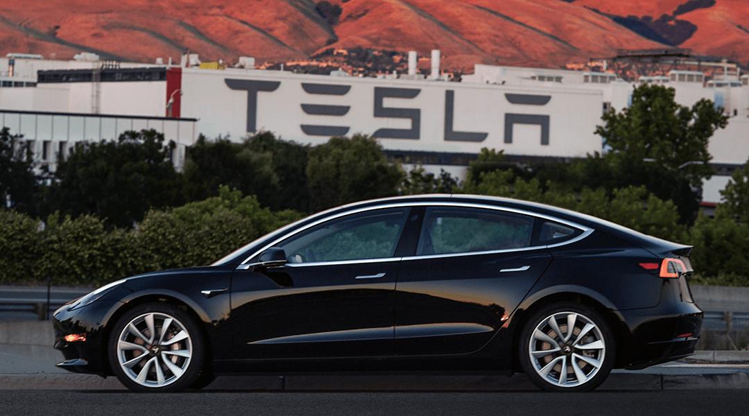 Tesla, Model 3, México