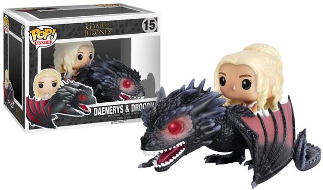 Daenerys Targaryen montada en Drogon