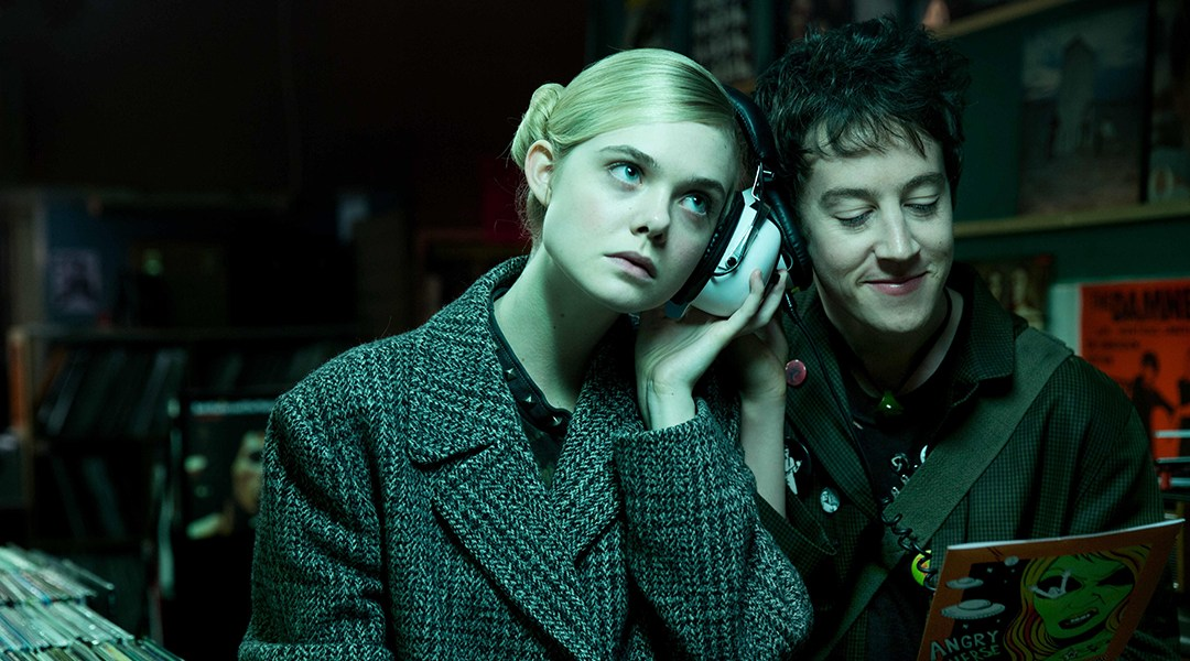 Tráiler de How to Talk to Girls at Parties: puro punk