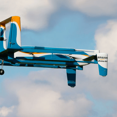Amazon patenta un drone autodestructivo en caso de emergencias