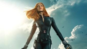 Scarlett Johansson ganará lo mismo que sus compañeros hombre