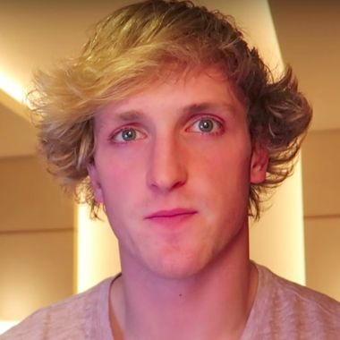 Logan Paul llorando