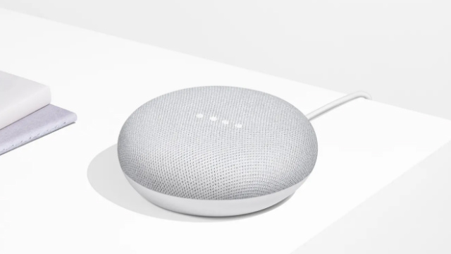 El Google Home Mini en toda su gloria