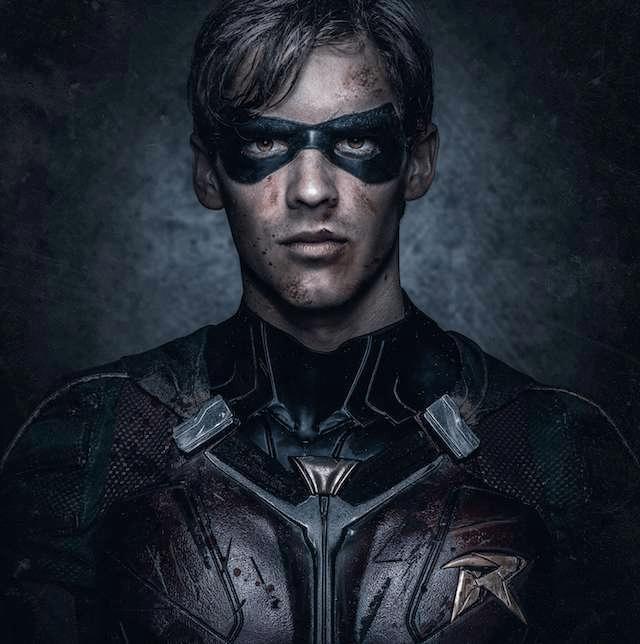 Titans: nuevas fotos de Robin revelan su traje completo