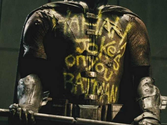 Snyder revela identidad de Robin muerto en batman v superman Dawn of Justice