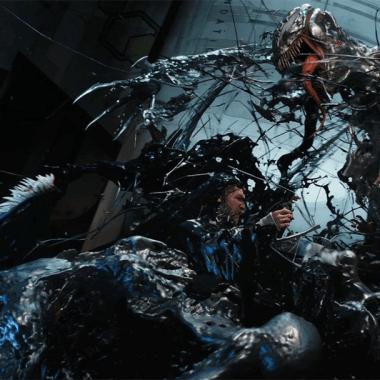 Venom contra Riot en una escena de Venom