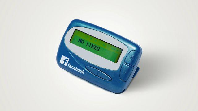 Instagram, Google, Facebook si fueran dispositivos de los 90