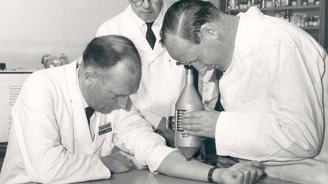 Imágen de Stewart Adams inventor del ibuprofeno
