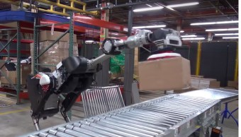 Handle-Boston-Dynamics-Apilar-Cajas