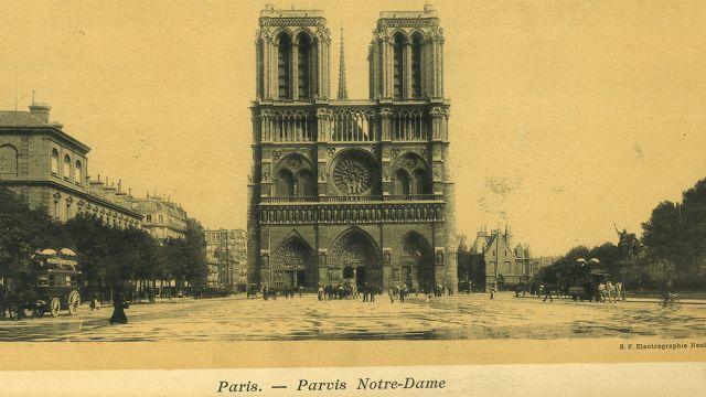 La catedral de Notre Dame a principios del siglo XX