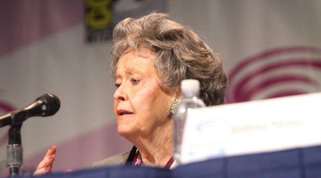 Lorraine-Warren-El Conjuro