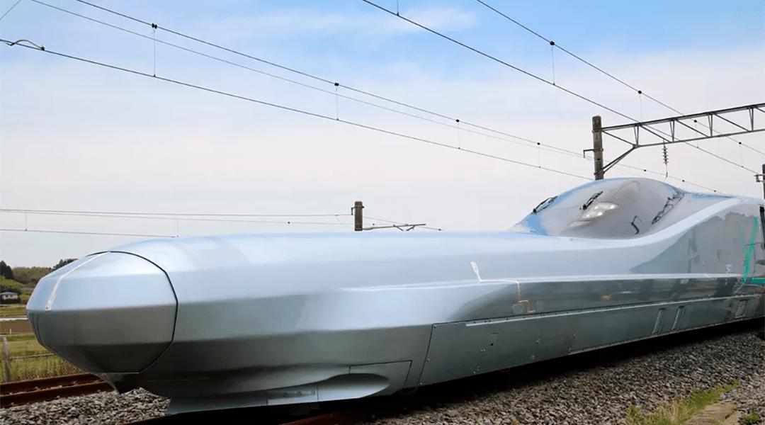 Tren Bala Alfa-X