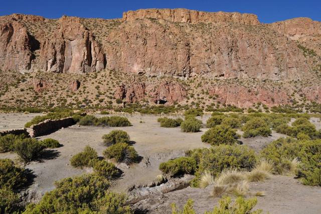 Vista exterior de la Cueva del Chileno