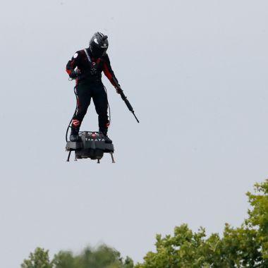 Soldado Volador, Francia