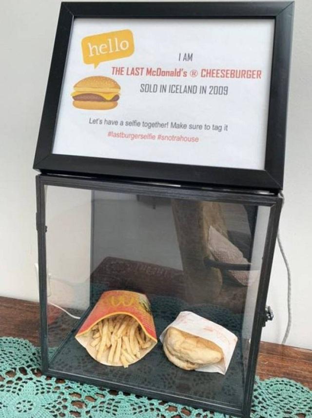 Última hamburguesa McDondald´s en Islandia